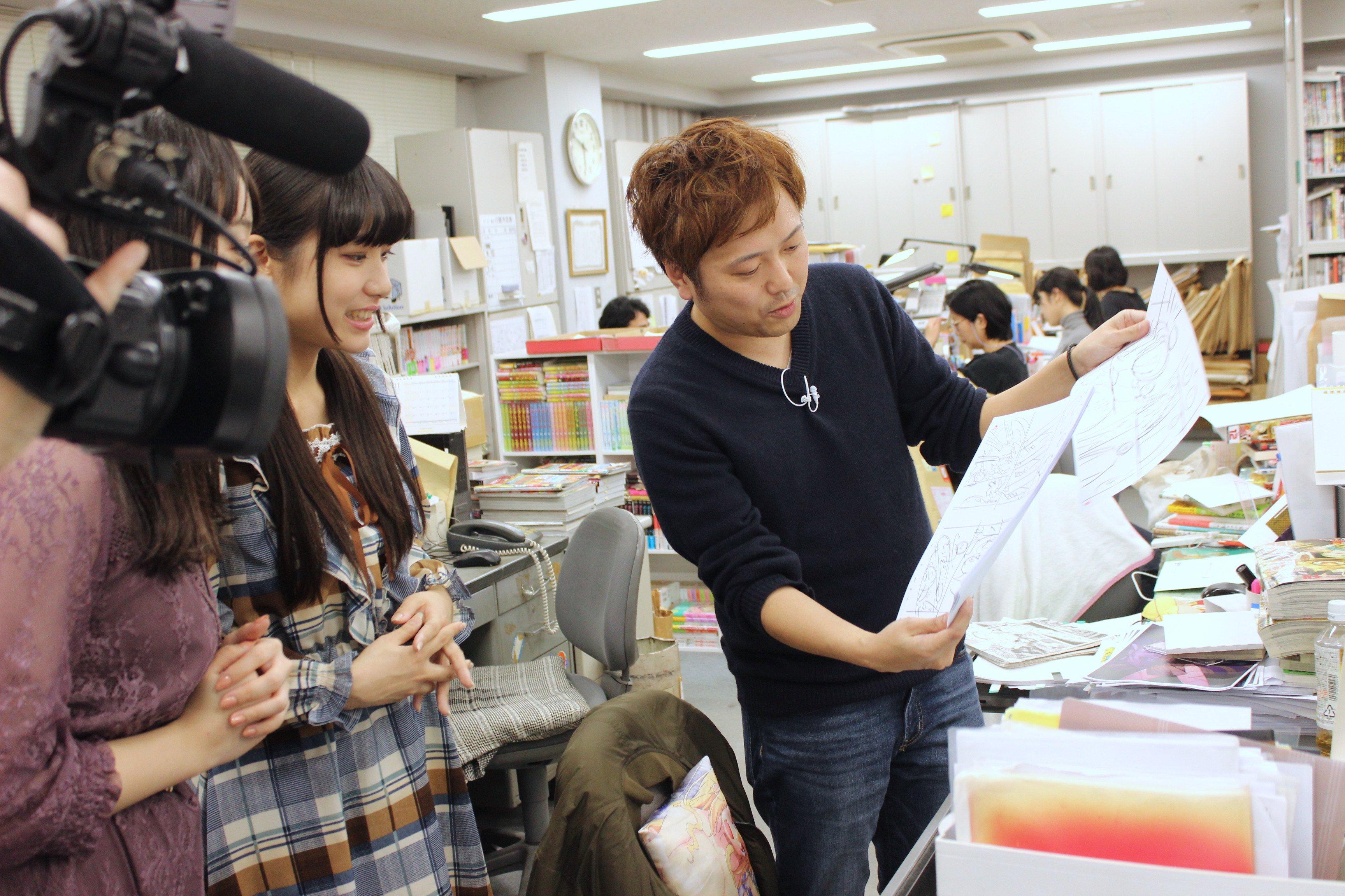 A応P・堤雪菜&工藤ひなきが『つぐもも』編集部を訪問! BL漫画の生ネームに興奮!の画像002